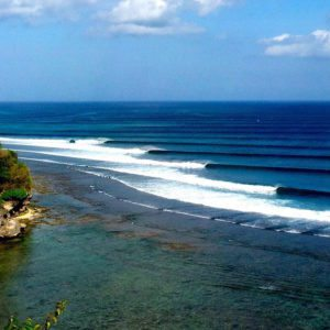 Bali's Most Famous Surf Spots Like You've Never Seen them Before: Completely Empty!